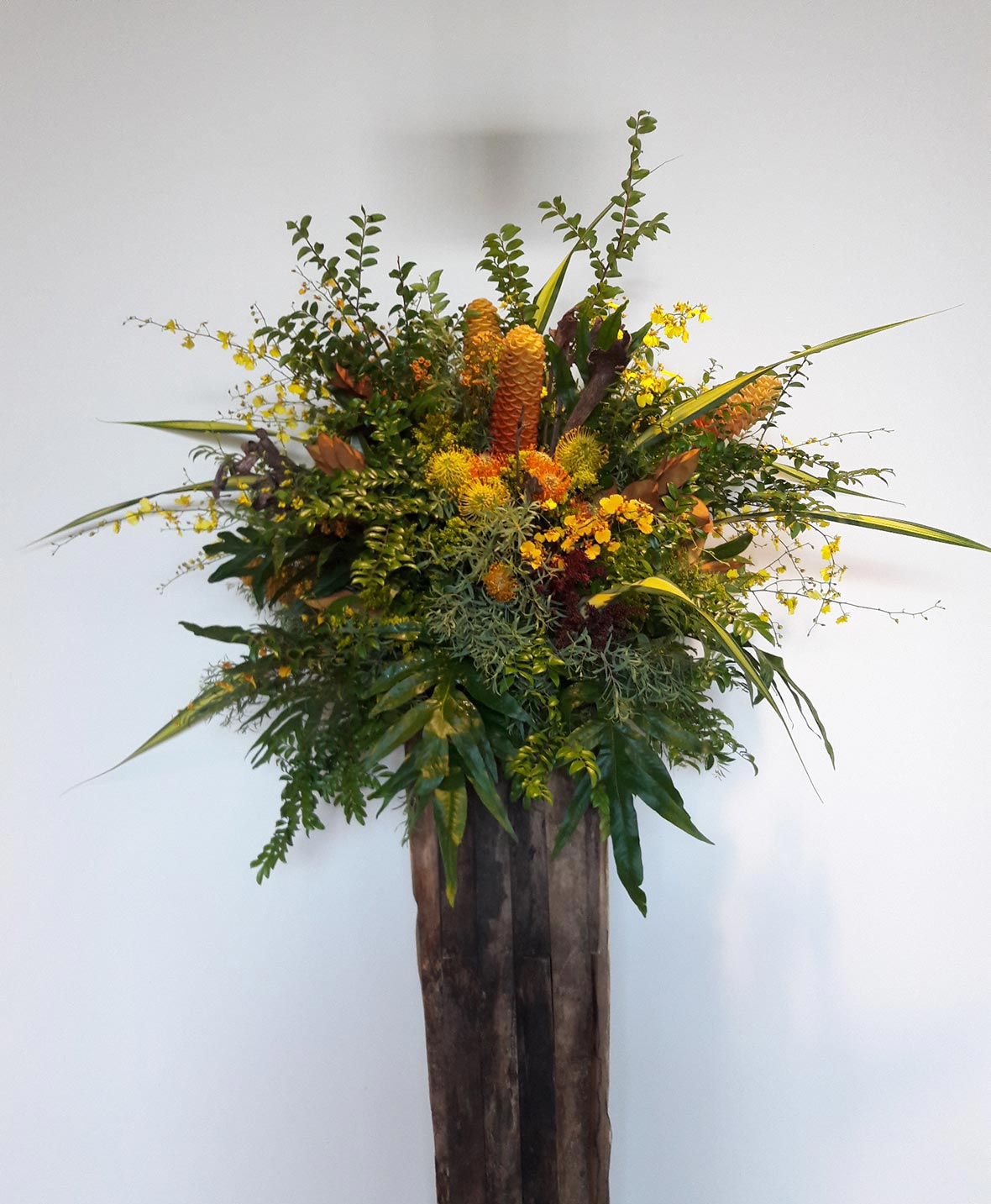 Rusty Blackwood - Floral Design